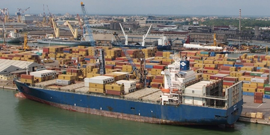 Porto Marghera: brusca frenata di sbarchi – Aprile a -33% rispetto allo stesso mese del 2015