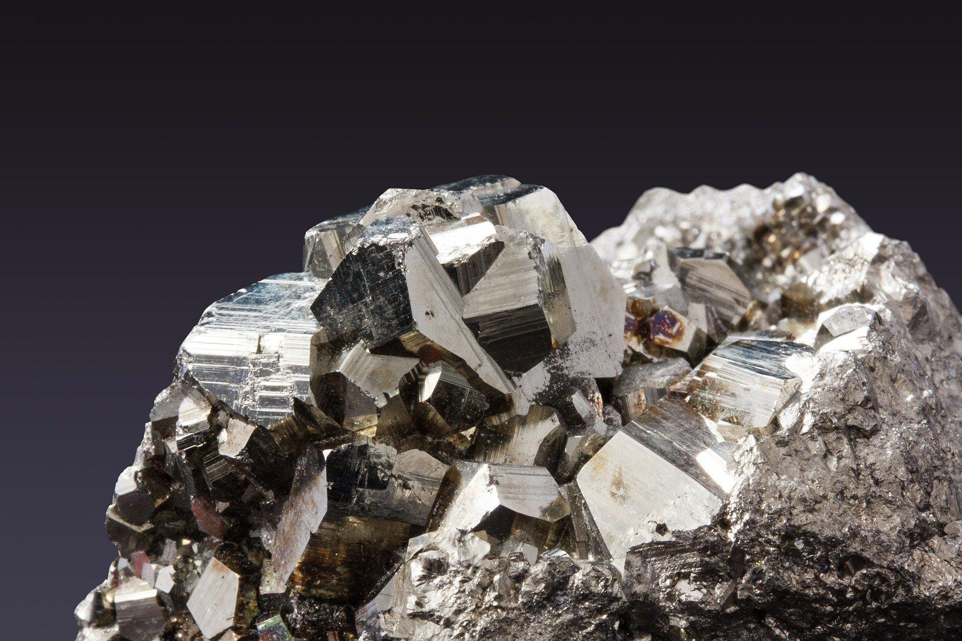 Minerale in Oriente, rottame in Europa – Il commercio globale delle due principali materie prime nel 2020