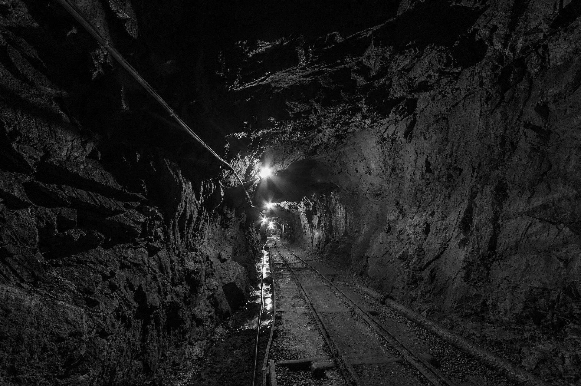 Minerale ferroso sui massimi – Minerale ferroso sui massimi